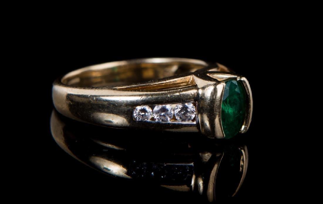14 KT YG EMERALD & DIAMOND RING