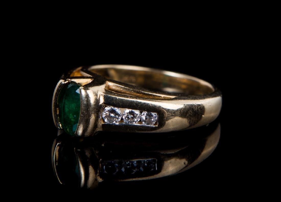 14 KT YG EMERALD & DIAMOND RING - 3