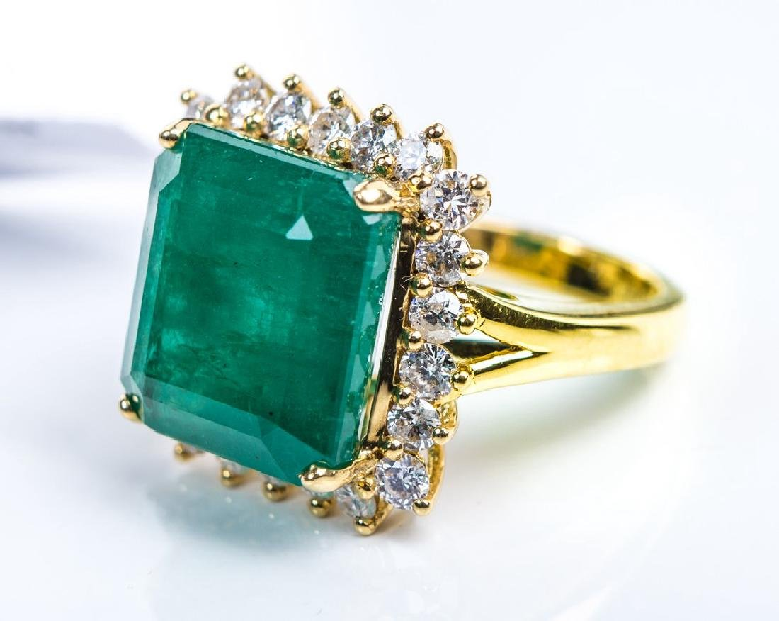 18KY EMERALD RING - 3