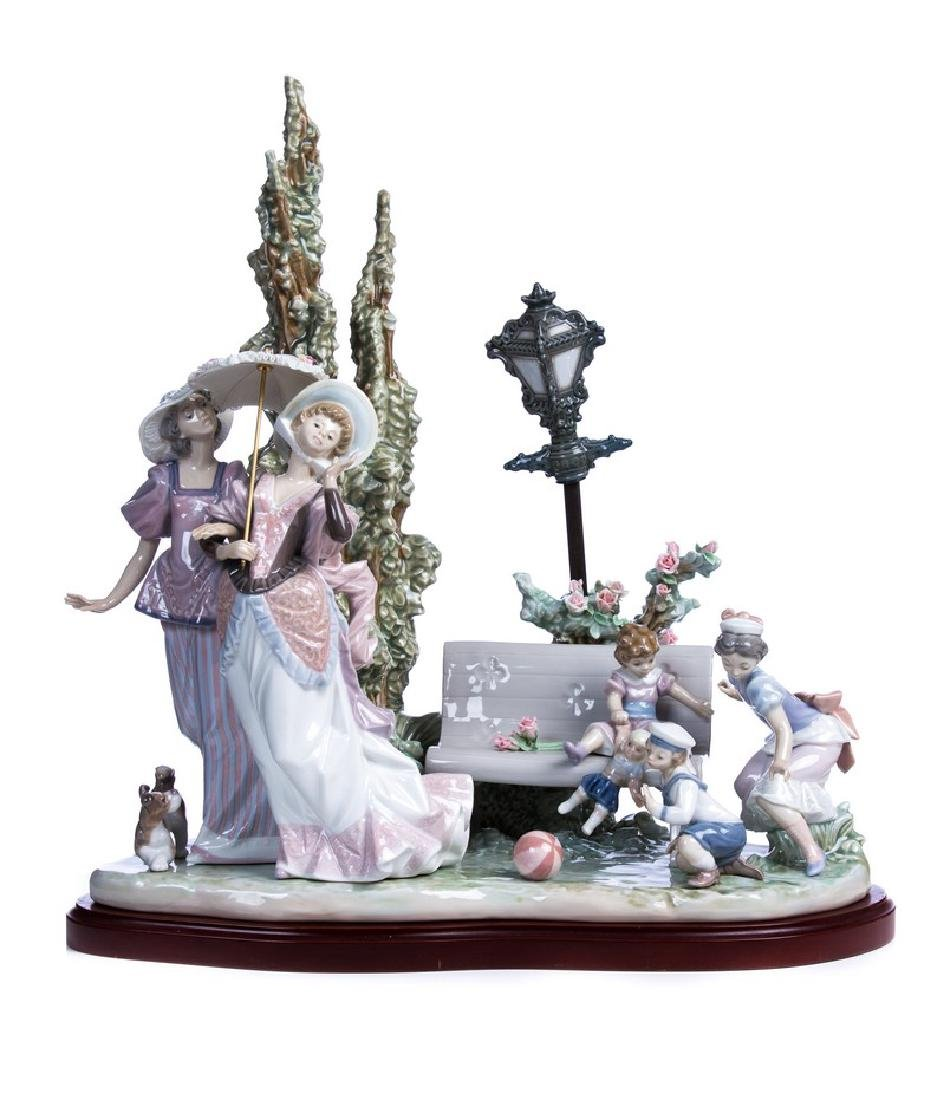 """LLADRO PORCELAIN GROUP """"A STROLL IN THE PARK"""""""