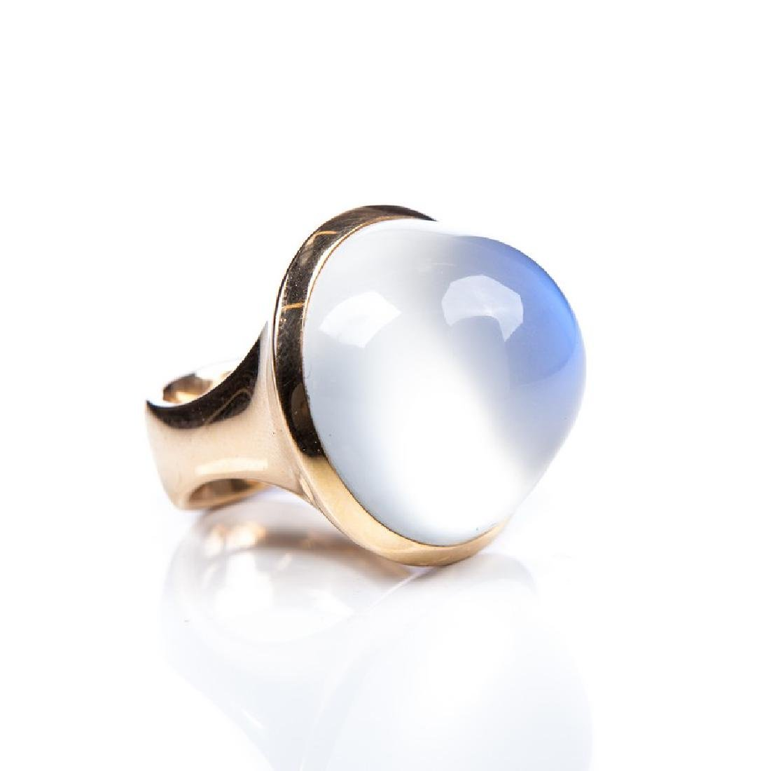 18 KT YELLOW GOLD LARGE MOON STONE RING