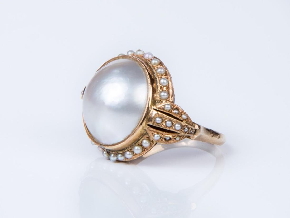 VINTAGE MABE PEARL AND SEED PEARL YELLOW GOLD RING