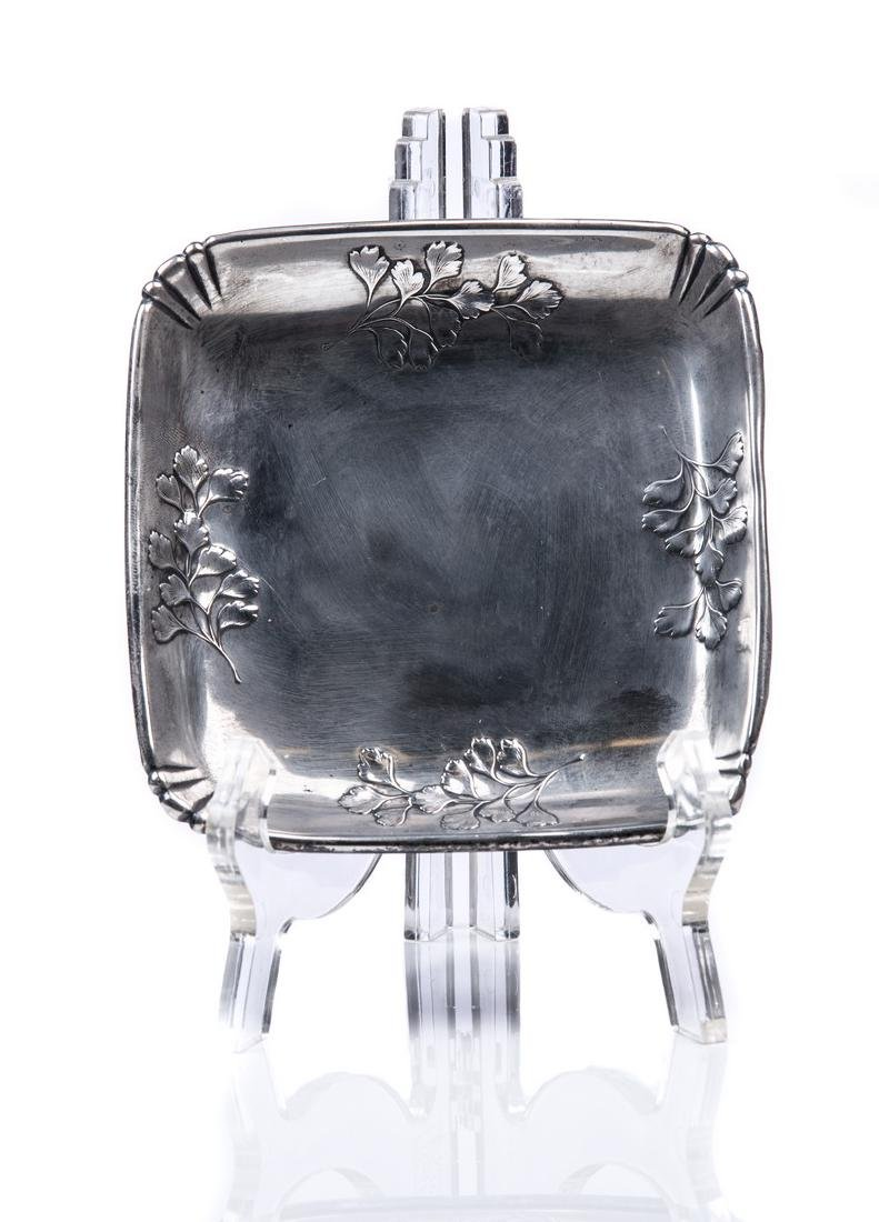 WALLACE STERLING SILVER SQUARE TRAY