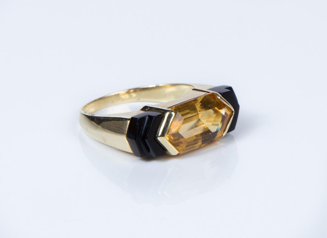 CITRINE ONYX AND YELLOW GOLD RING