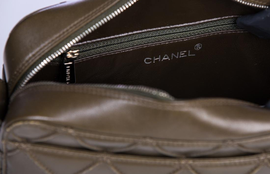 CHANEL NEW HANDBAG - 5