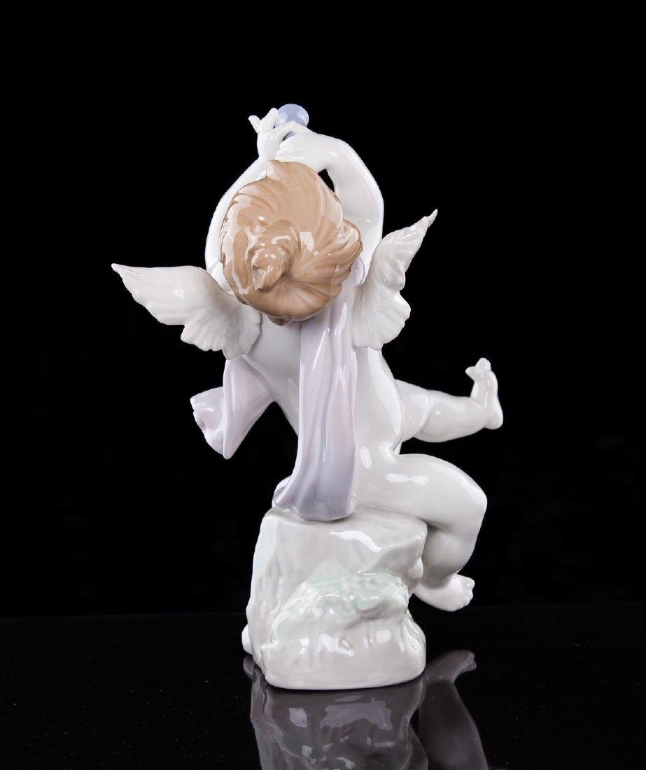 LLADRO ANGEL WITH CLARINET NUMBERED 1232 - 3
