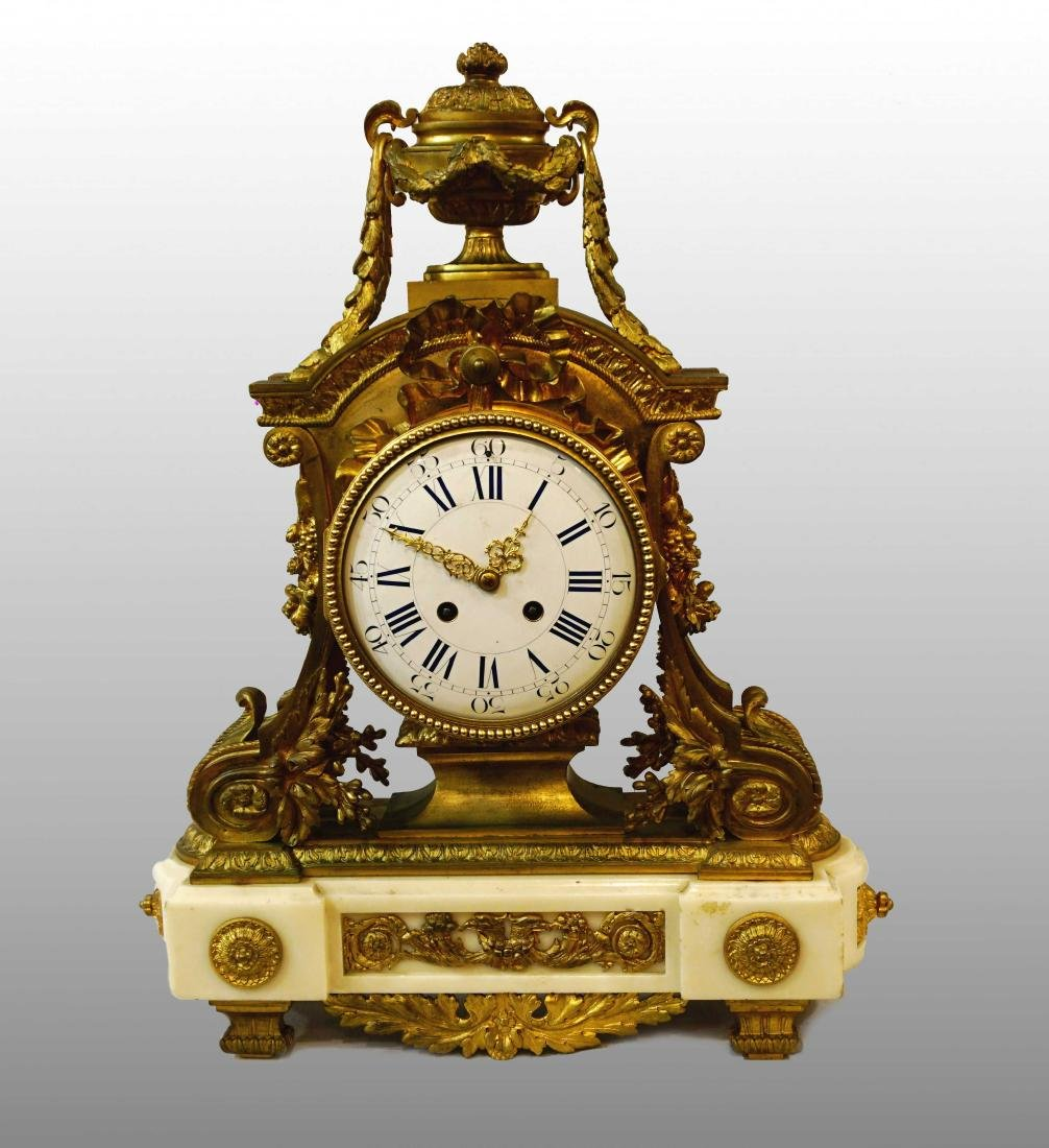MARBLE AND GILDED BRONZE TABLE CLOCK