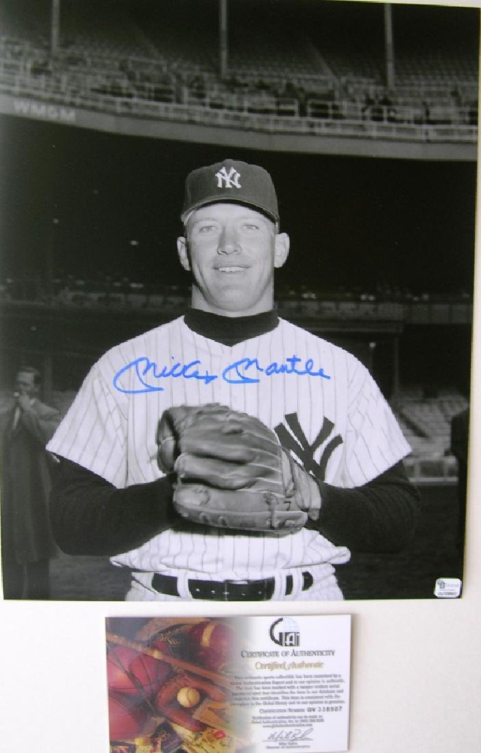 "memorabilia ""The Mick"" Mickey Mantle Autographed 11x14"
