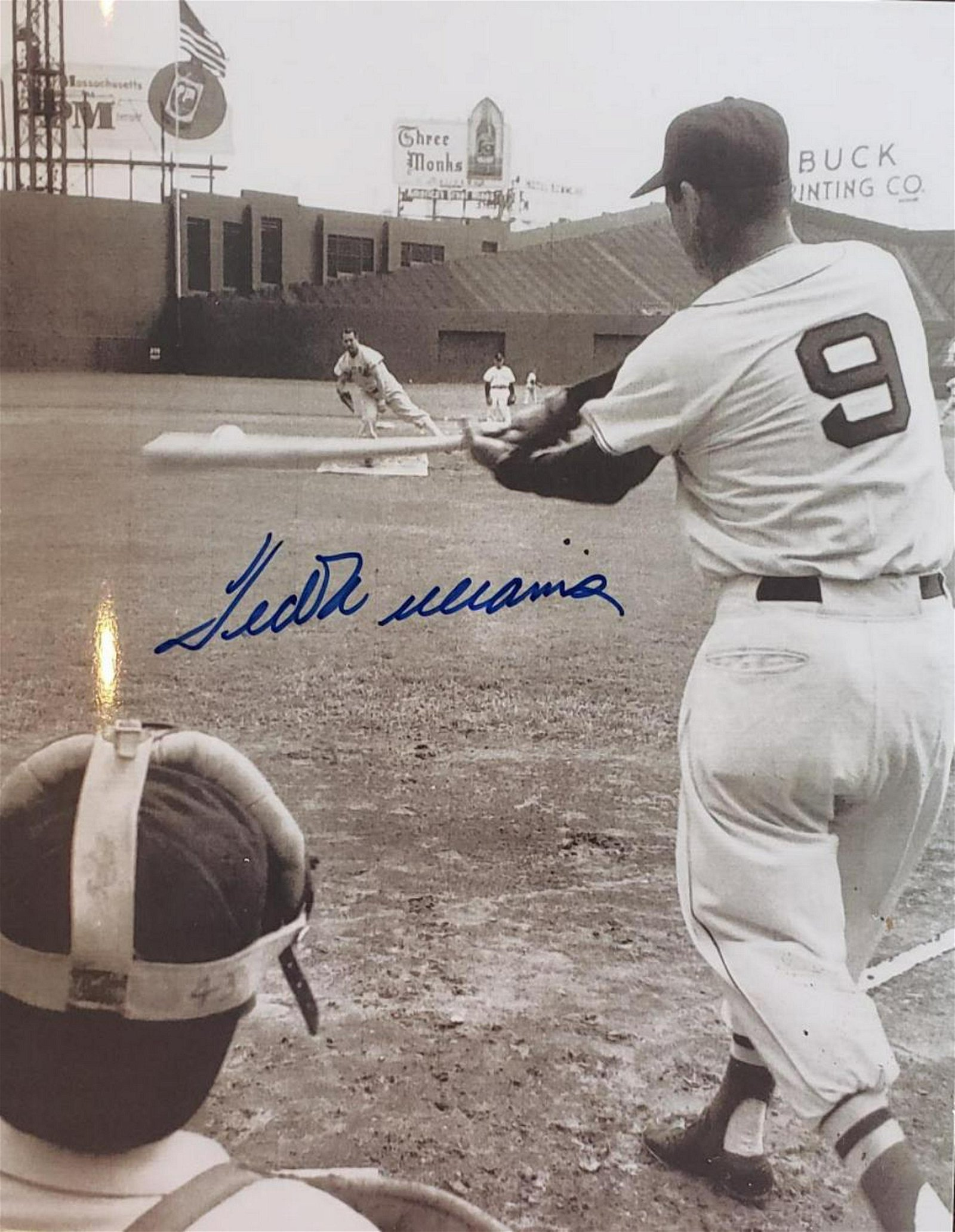 TED WILLIAMS  AUTOGRAPHED 8X10 PHOTO