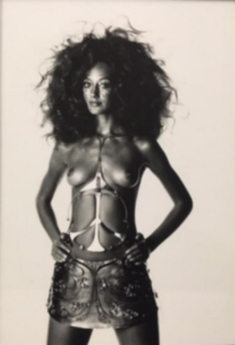 Irving Penn, Ungaro Bride body sculpture, Paris 1969