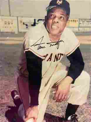 Autographed Willie Mays Giants Photograph