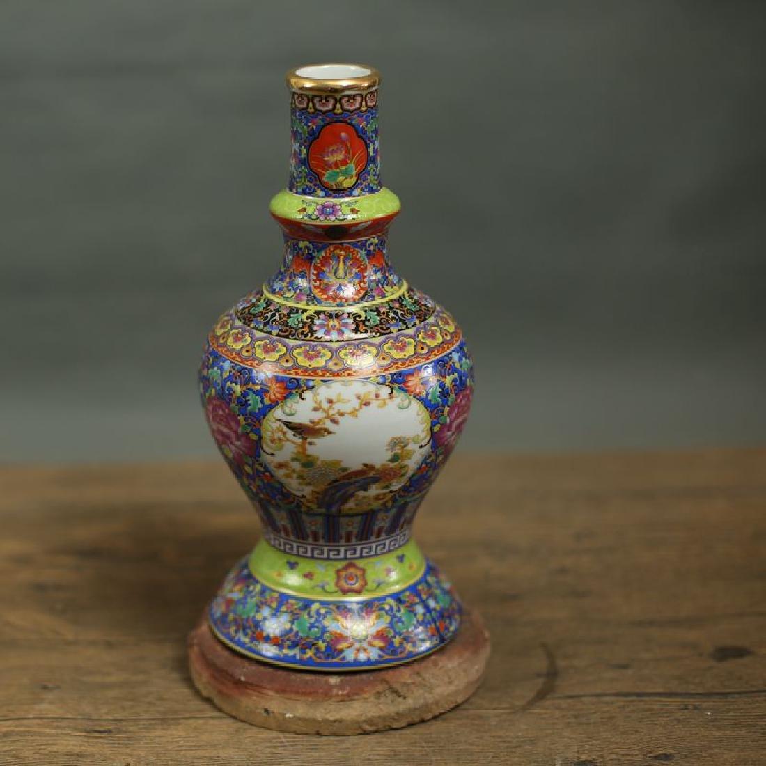 Chinese Qing Dynasty Yongzheng Time Jingdezhen Colorful