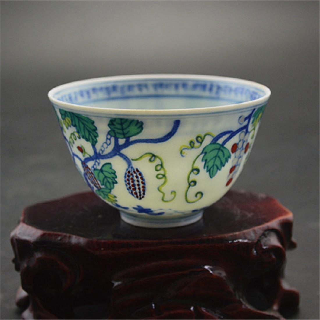 Chinese Ming Dynasty Chenghua Time Porcelain Cup With - 2