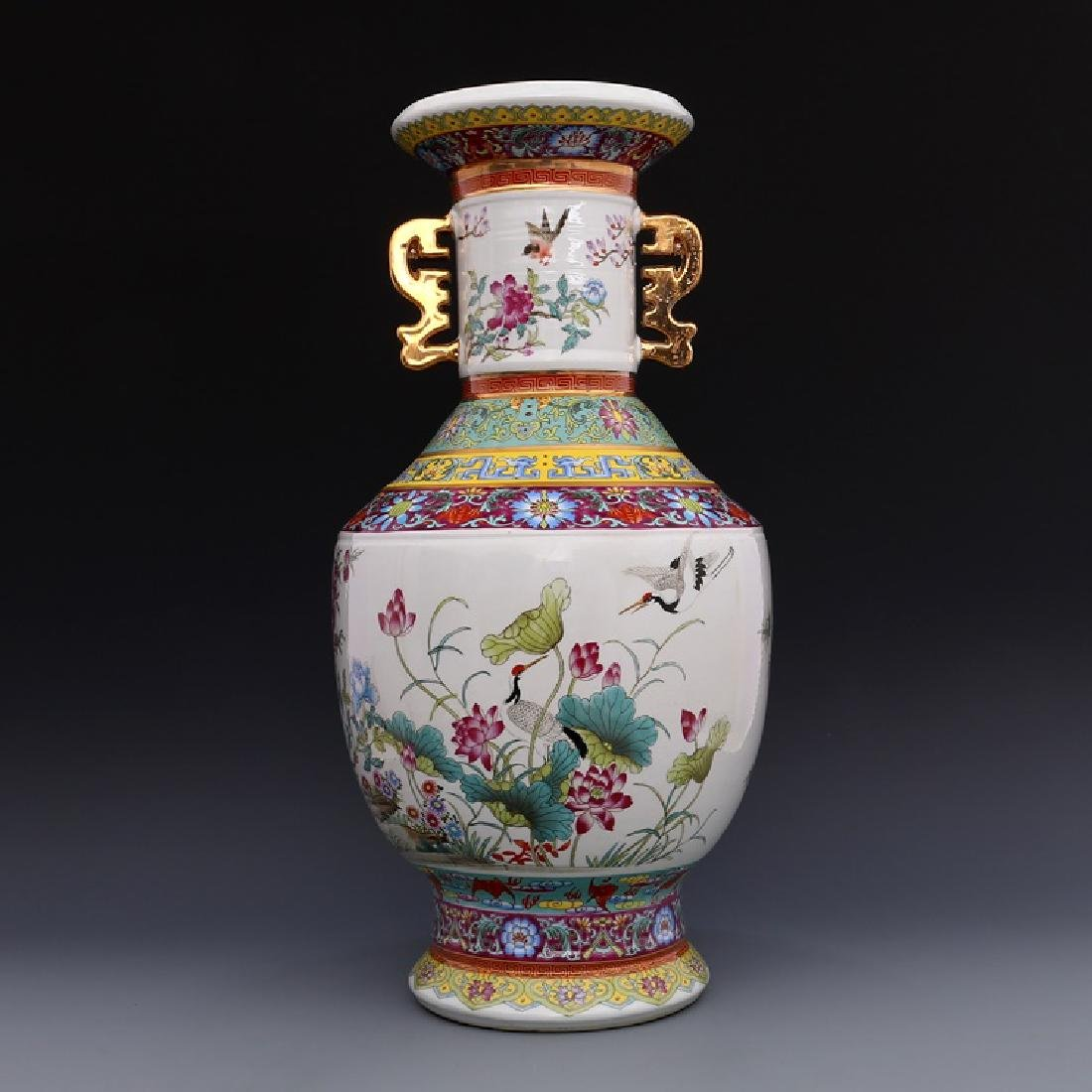 Chinese Qianlong Time Colorful Enamel Porcelain Vase - 4