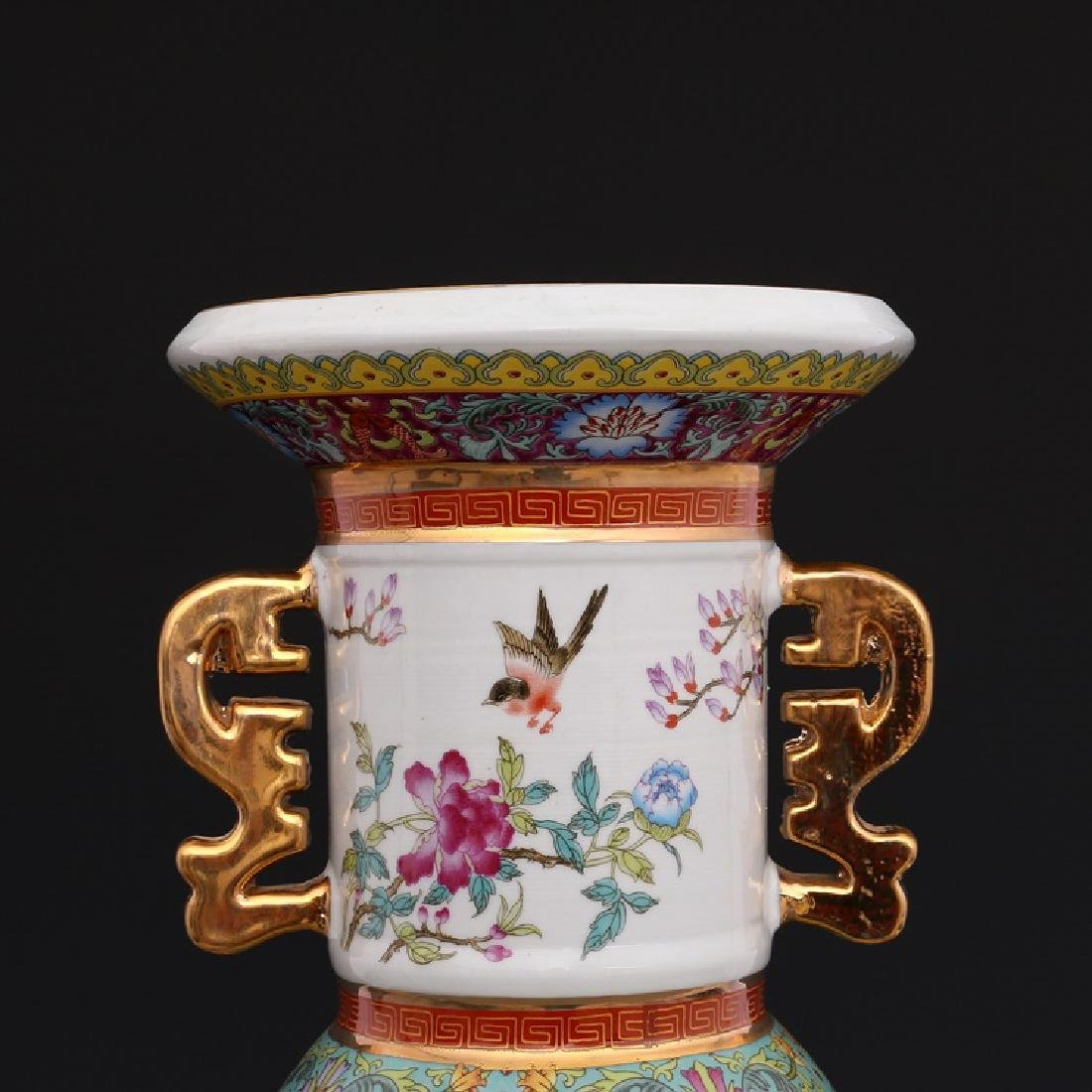 Chinese Qianlong Time Colorful Enamel Porcelain Vase - 7