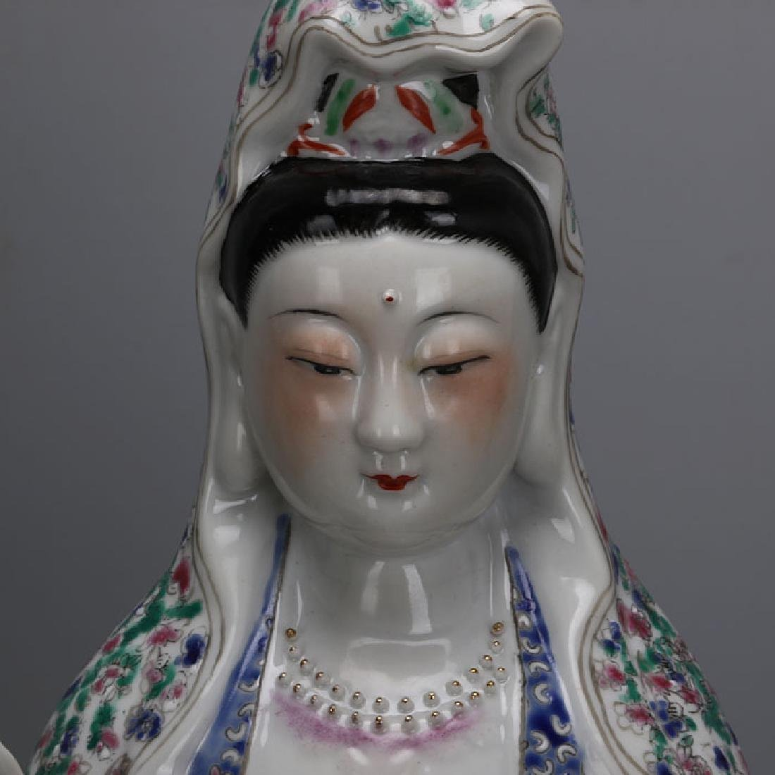 Chinese Antique Famille-Rose Porcelain Guanyin Statue - 2