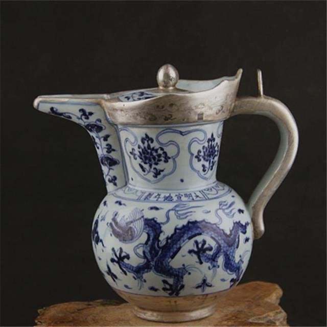 Chinese Ming Dynasty Xuande Time Blue & White Glazed