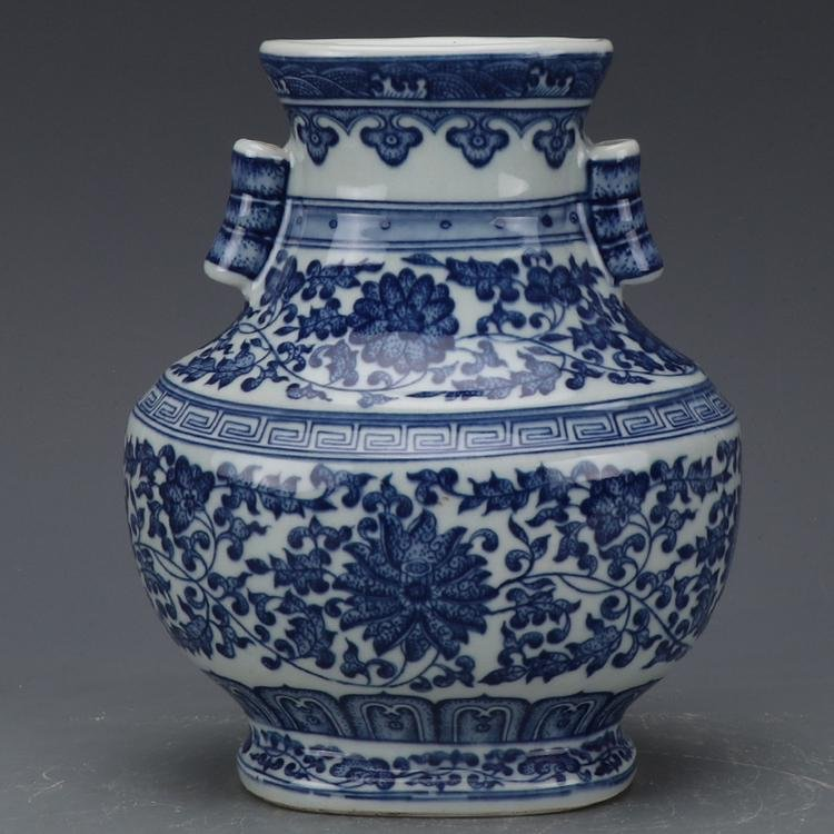 Chinese Qing Dynasty Qianlong Time Blue & White Glazed