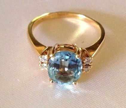 Vintage Aquamarine and Diamond 14k Gold Ring Sz: 8
