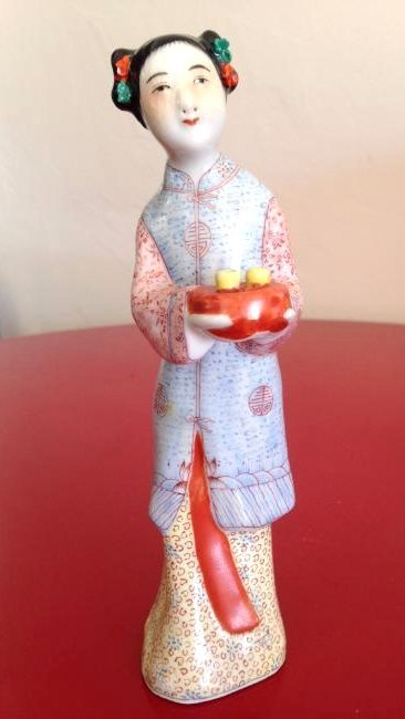 Chinese Porcelain Statue Woman Offering Tea