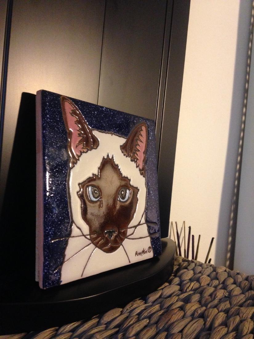 Hand-Glazed Siamese Cat Tile by Pumpkin - 3