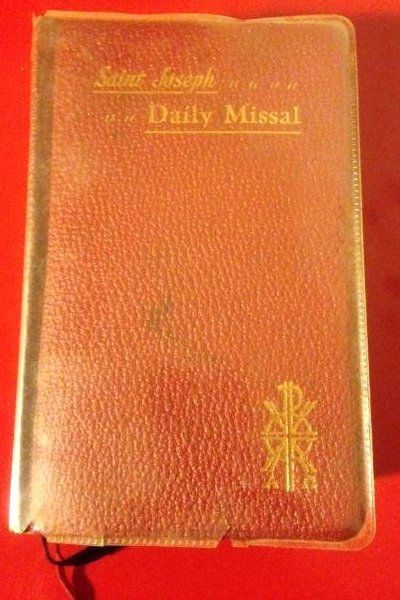Vintage 1956 St. Joseph Daily Missal Bible