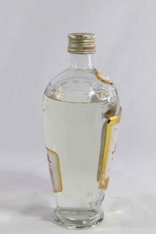 Chinese white wine - 4