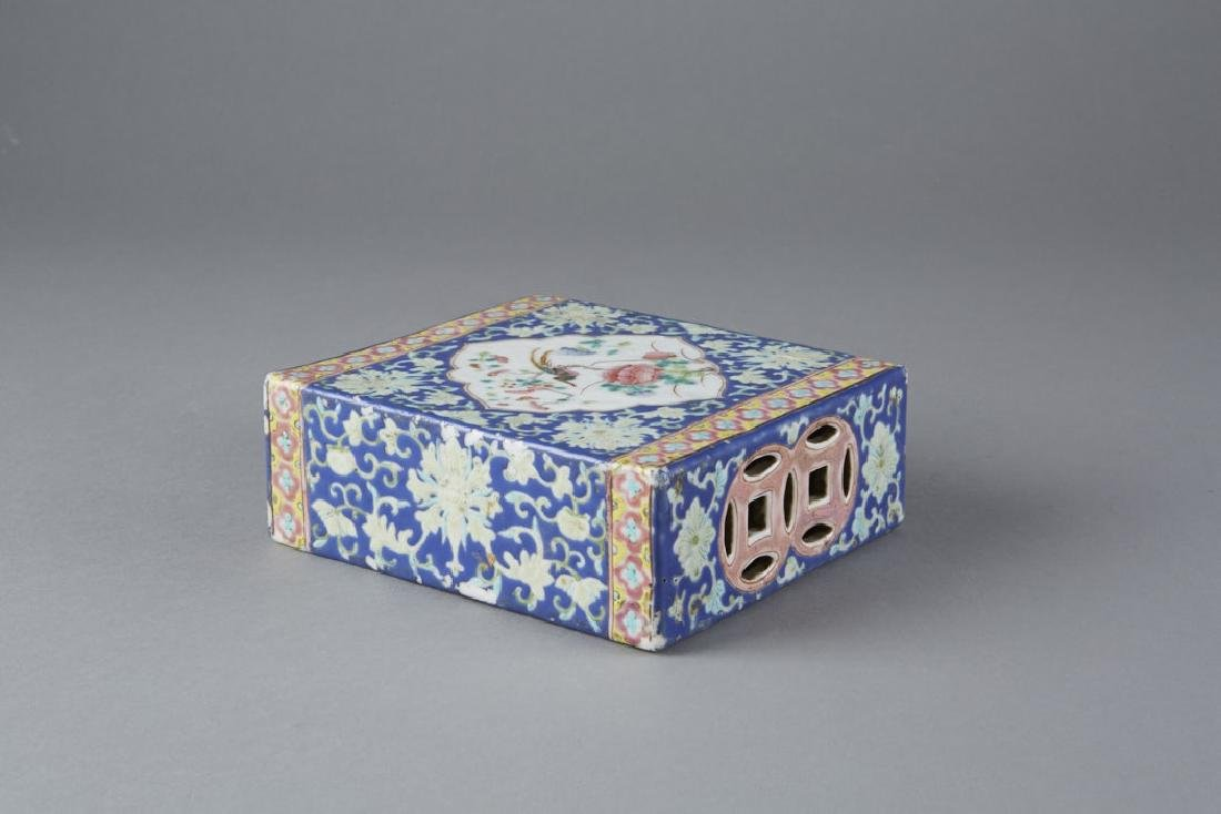 Chinese Porcelain Famille Rose Pillow, Guangxu - 4