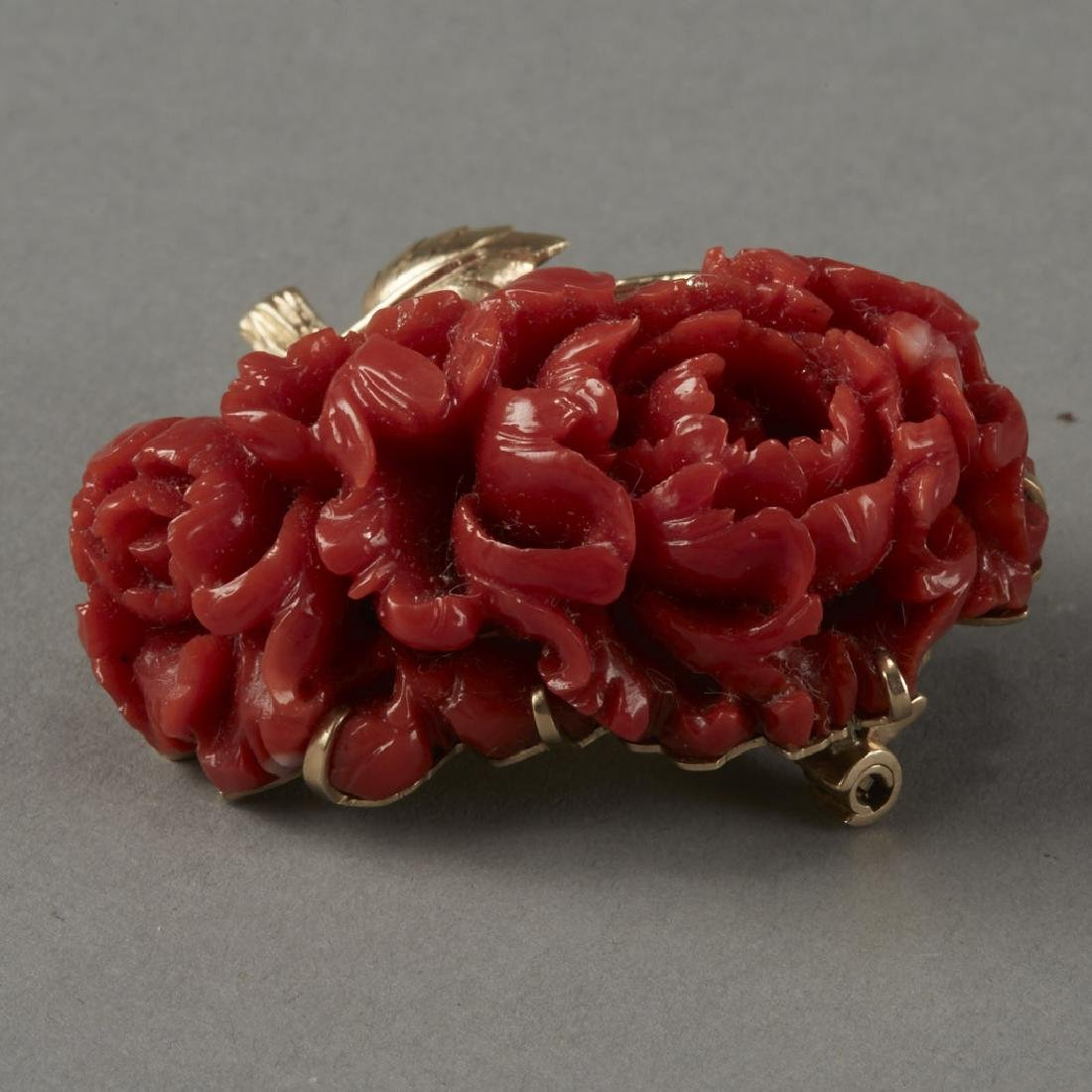 Gold & Coral Chrysanthemum Pin or Brooch - 4