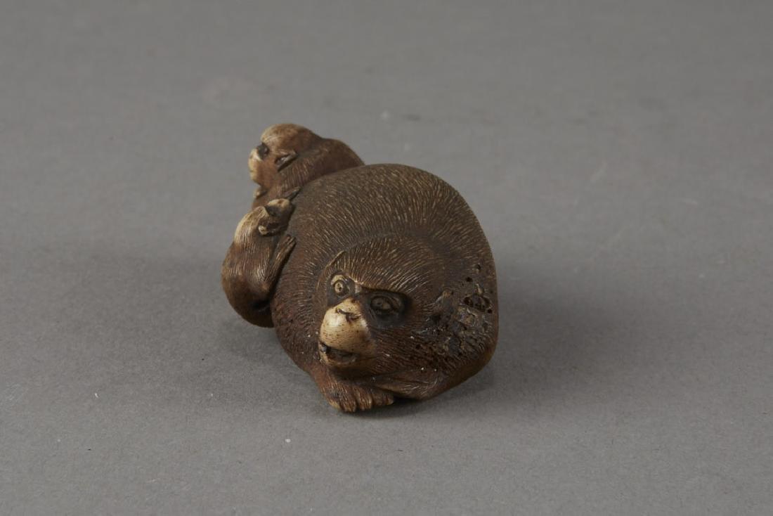 Japanese Stag Antler Netsuke Monkeys - 2