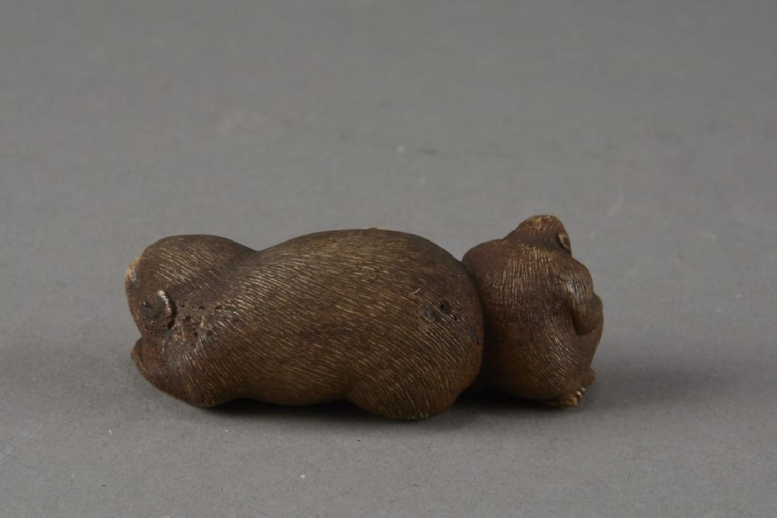 Japanese Stag Antler Netsuke Monkeys - 3