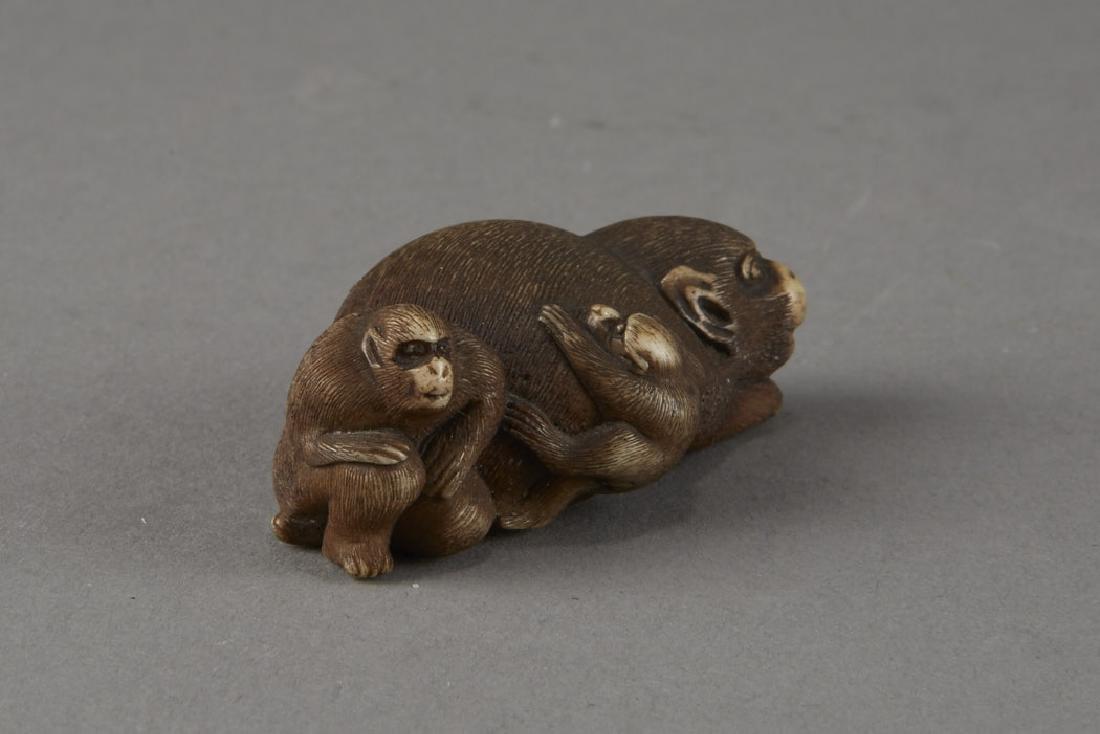 Japanese Stag Antler Netsuke Monkeys - 4