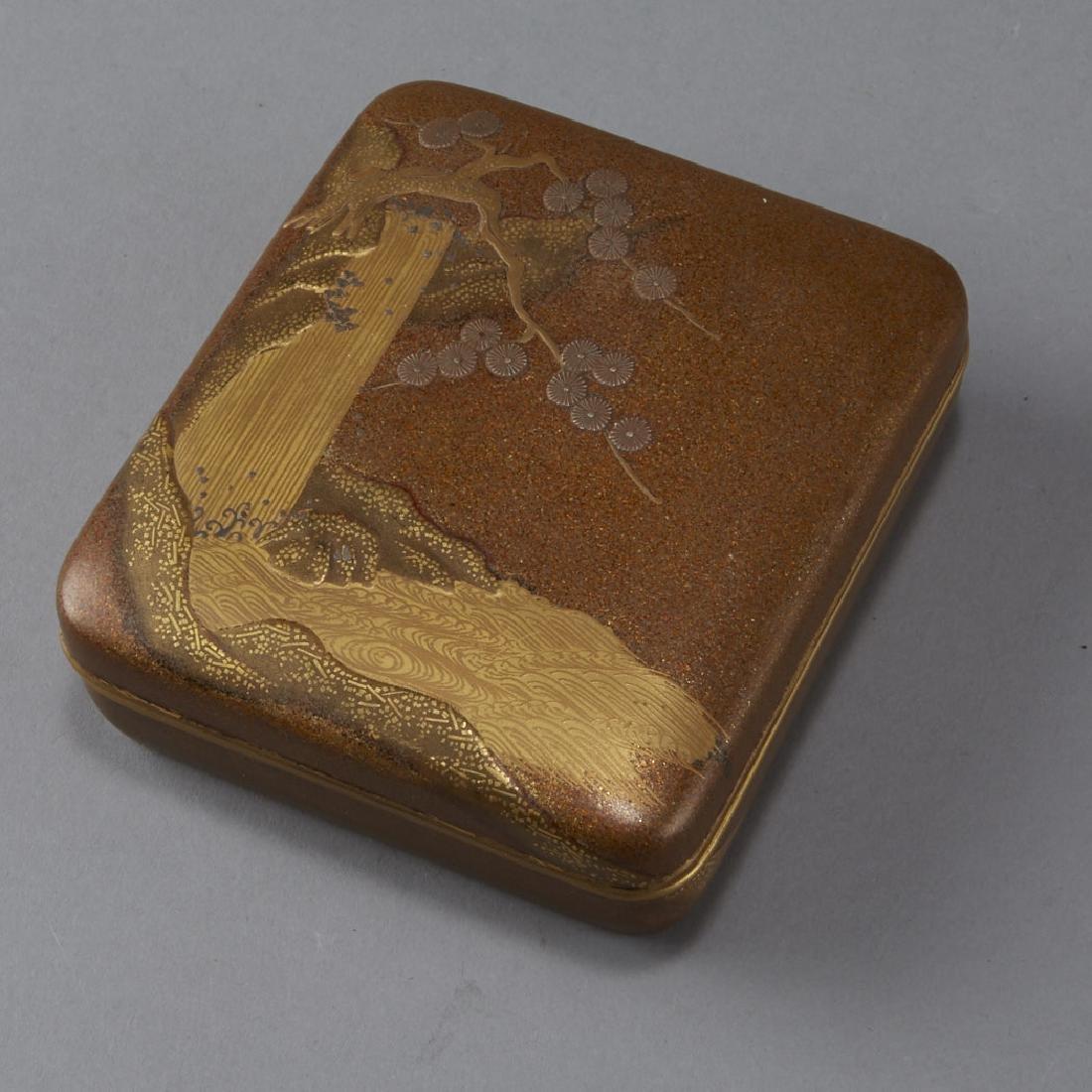 Japanese Meiji or Edo Lacquer box