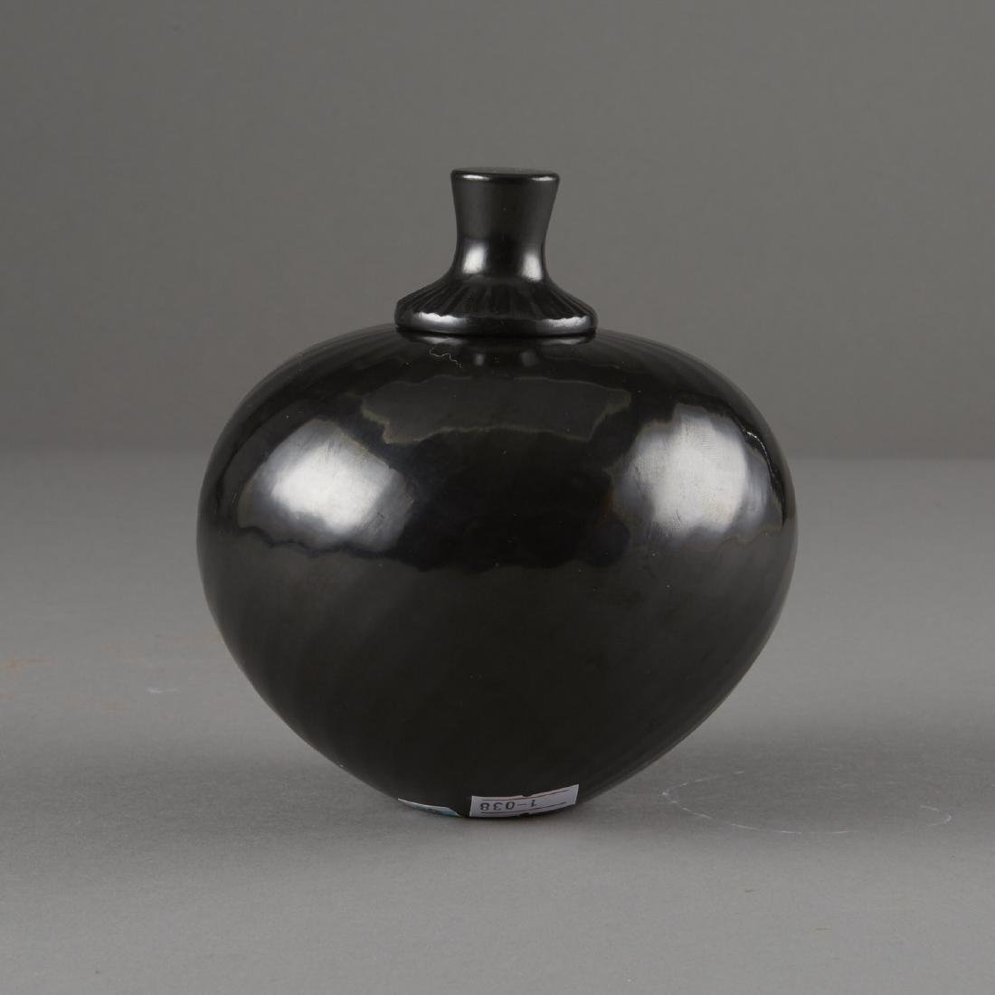 Denny Gutierrez Lidded Blackware Jar - 3