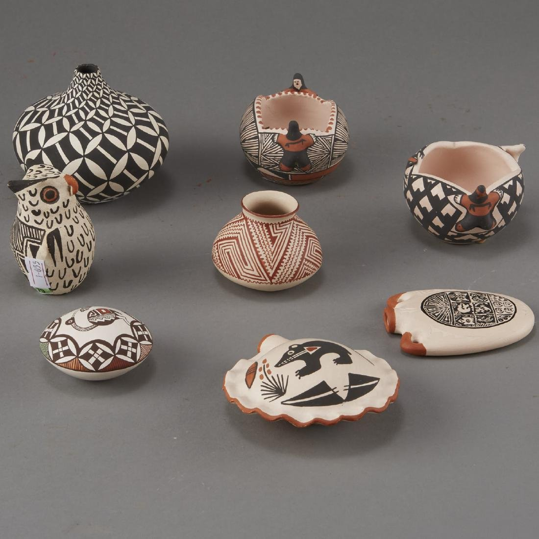 Group of 8 Acoma Pueblo Pottery - 4