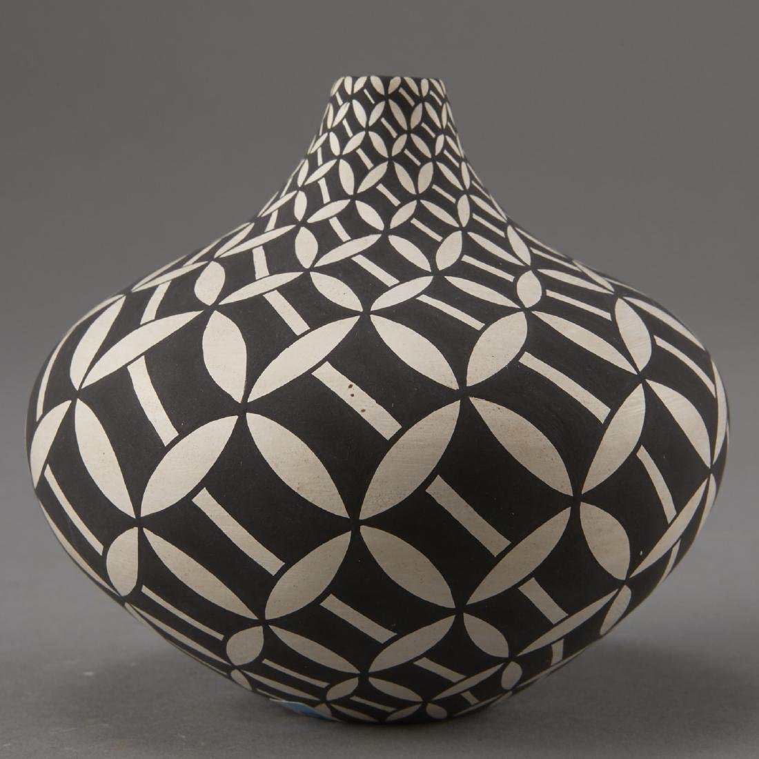 Group of 8 Acoma Pueblo Pottery - 5