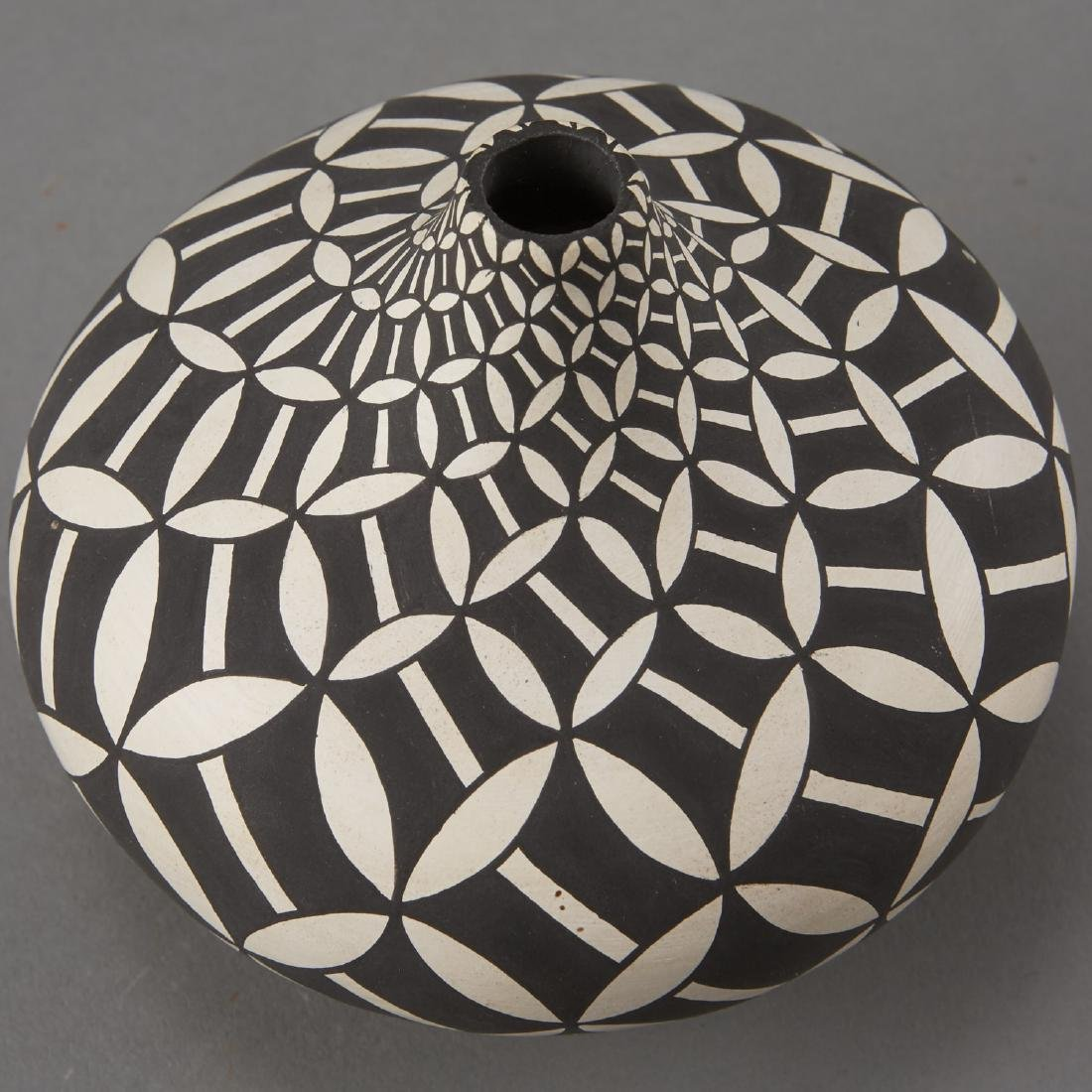 Group of 8 Acoma Pueblo Pottery - 6