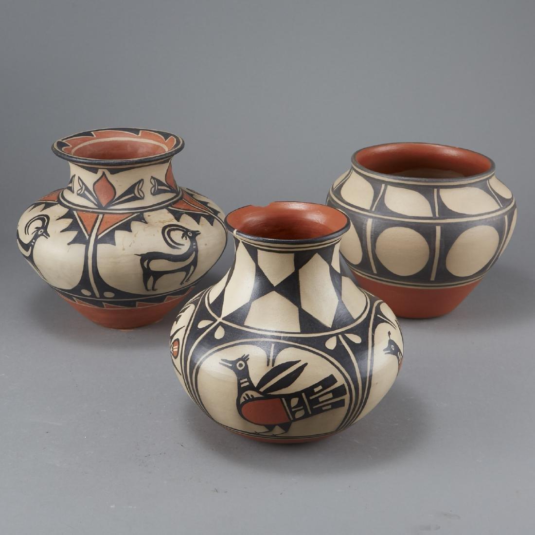 3 Tenorio Kewa Santo Domingo Pottery Jars - 4