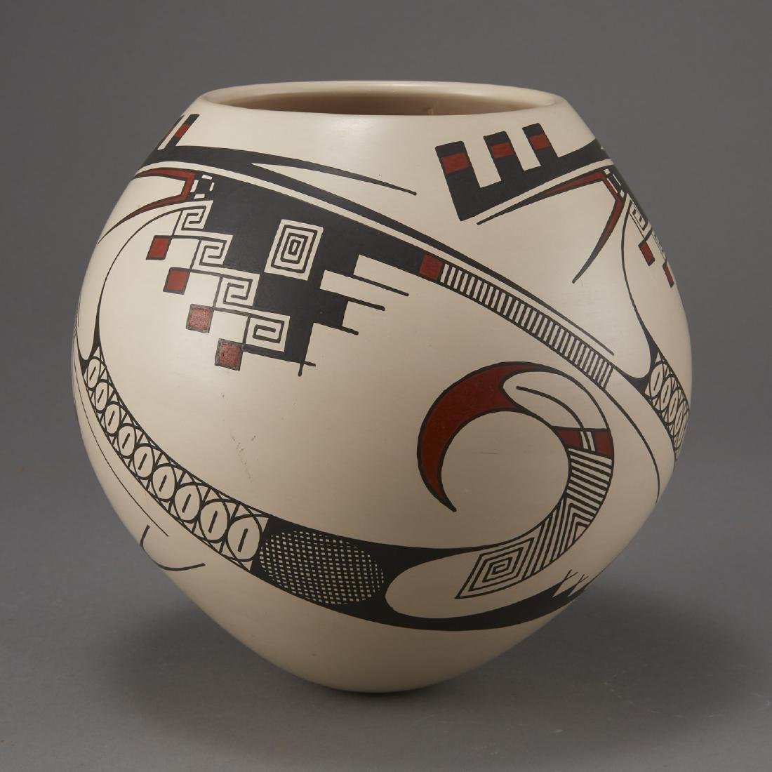 Casas Grandes Mata Ortiz Pottery by Juan Quezada