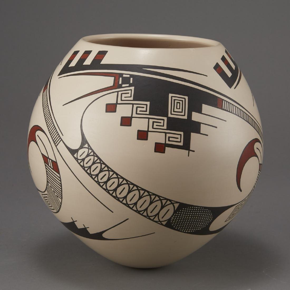 Casas Grandes Mata Ortiz Pottery by Juan Quezada - 2