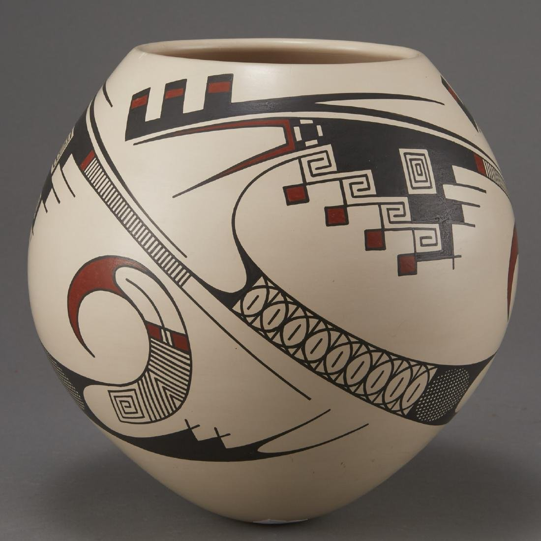 Casas Grandes Mata Ortiz Pottery by Juan Quezada - 3