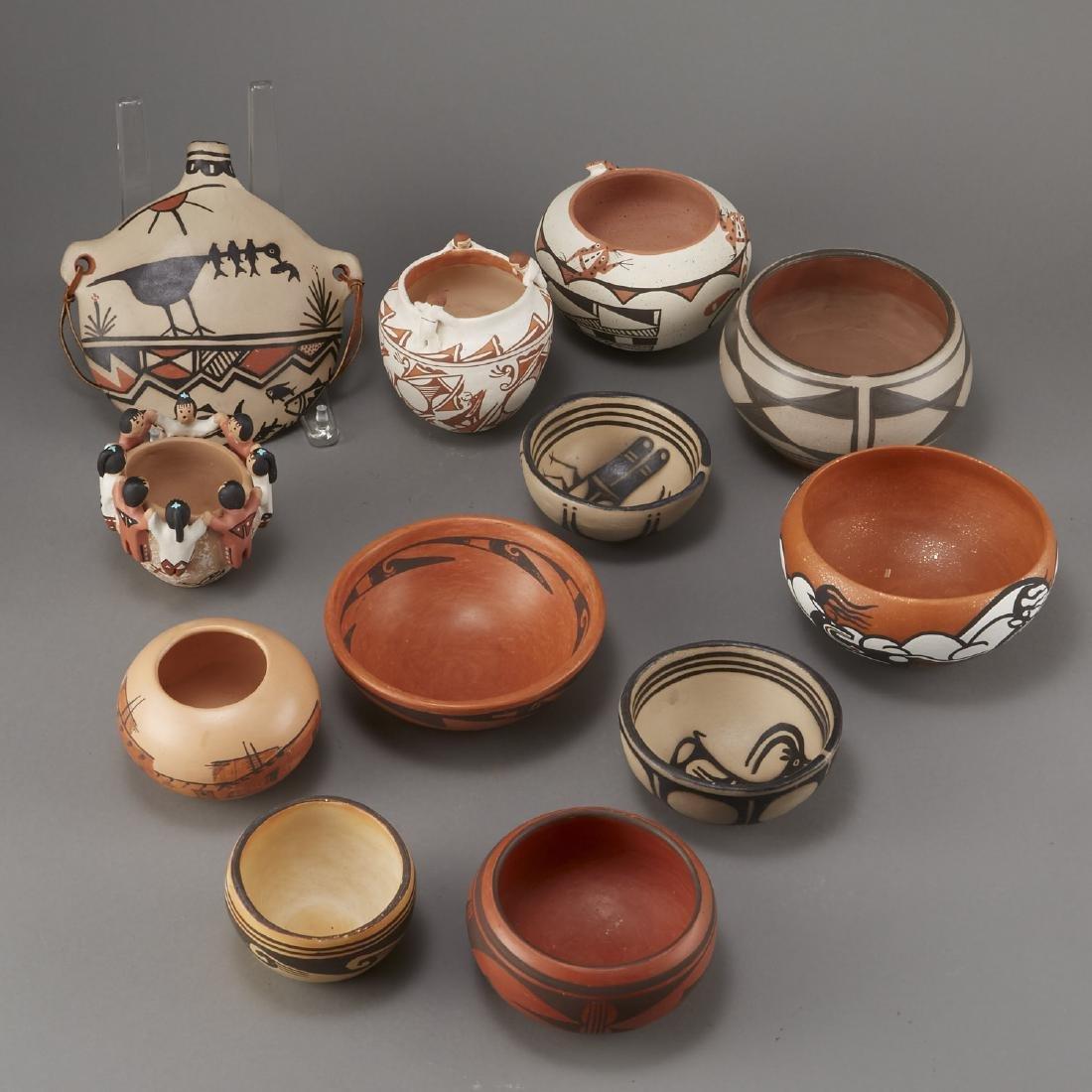 Group of 12 Pueblo Pots and Canteen Kewa Zuni - 4