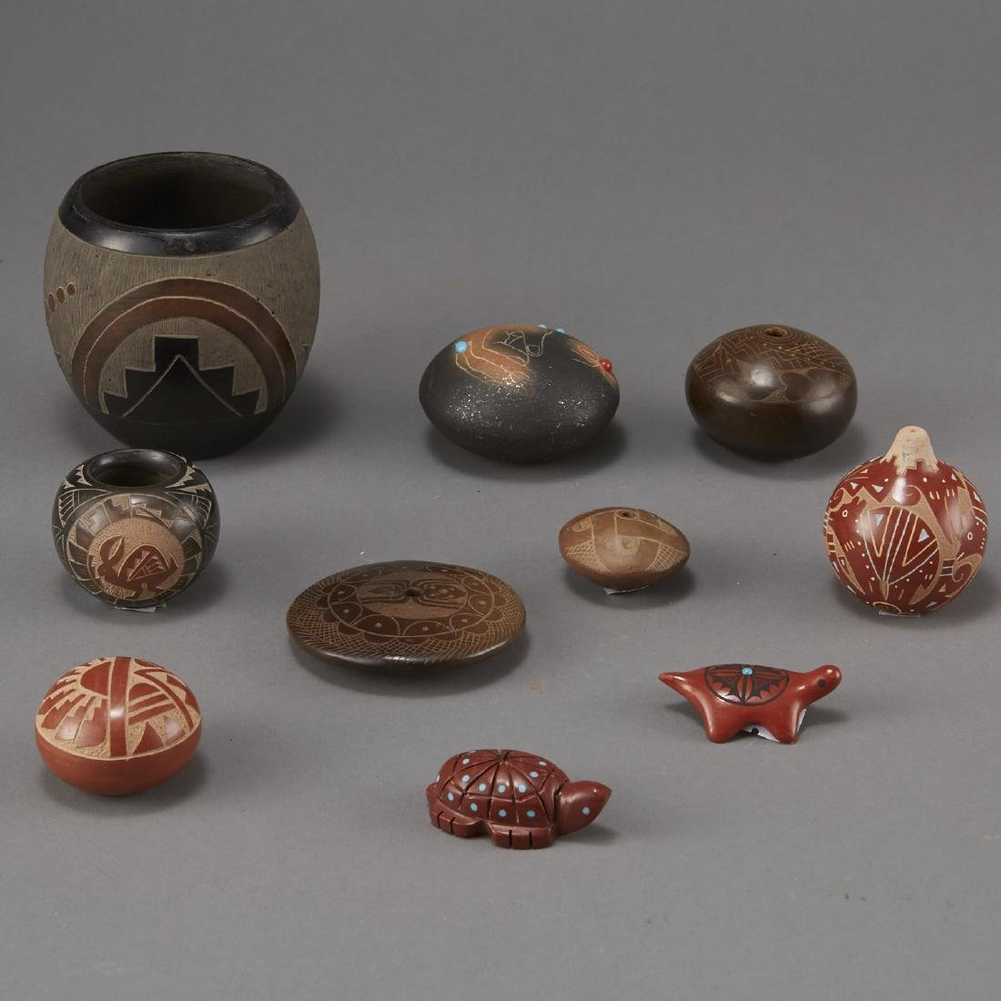 Group of 10 Small Pueblo Pottery Pieces - 4