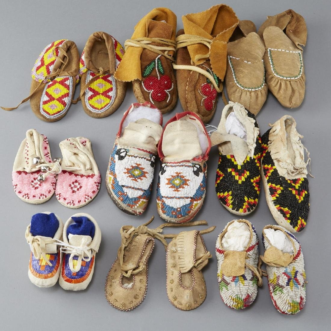 10 Pairs Beaded Children's Moccasins