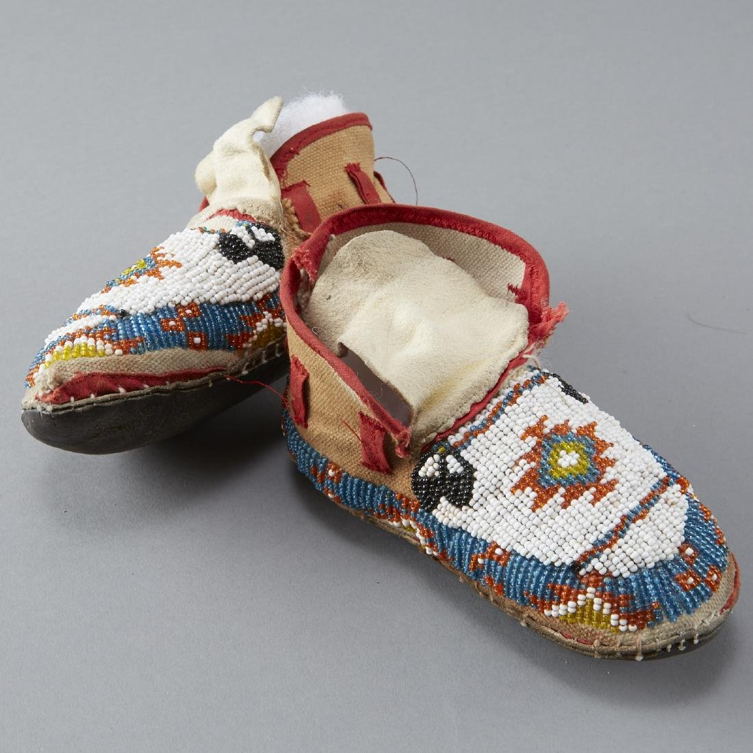 10 Pairs Beaded Children's Moccasins - 2