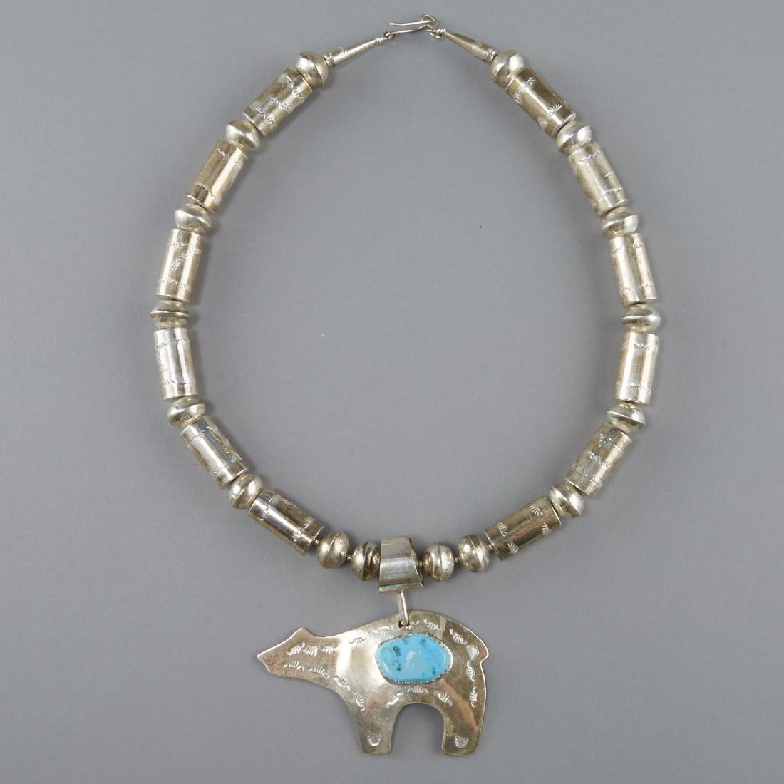 Ca'win Pueblo Necklace Fetish Bear