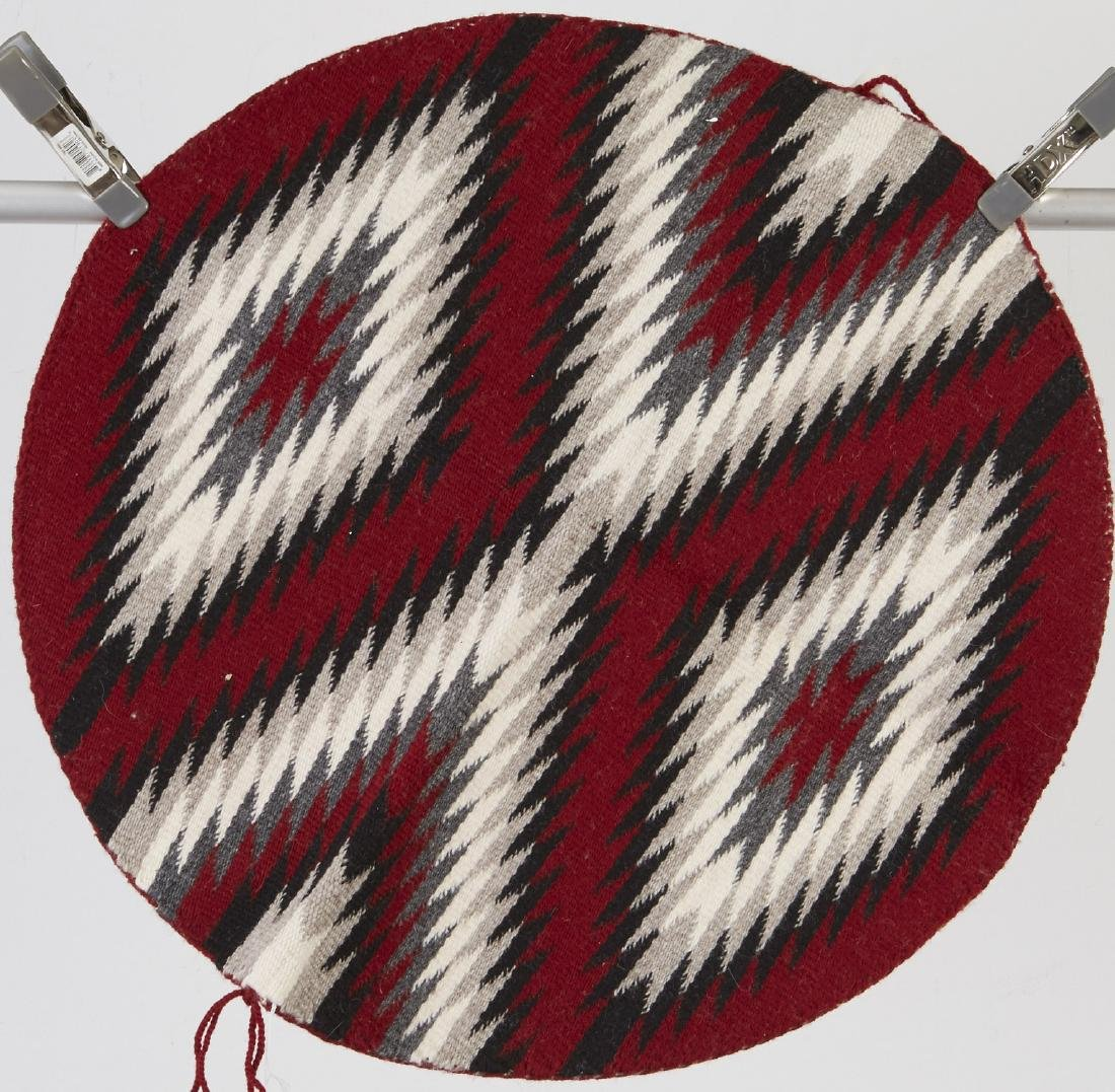 9 Navajo Rugs Tapestry dated 1950 and later - 4