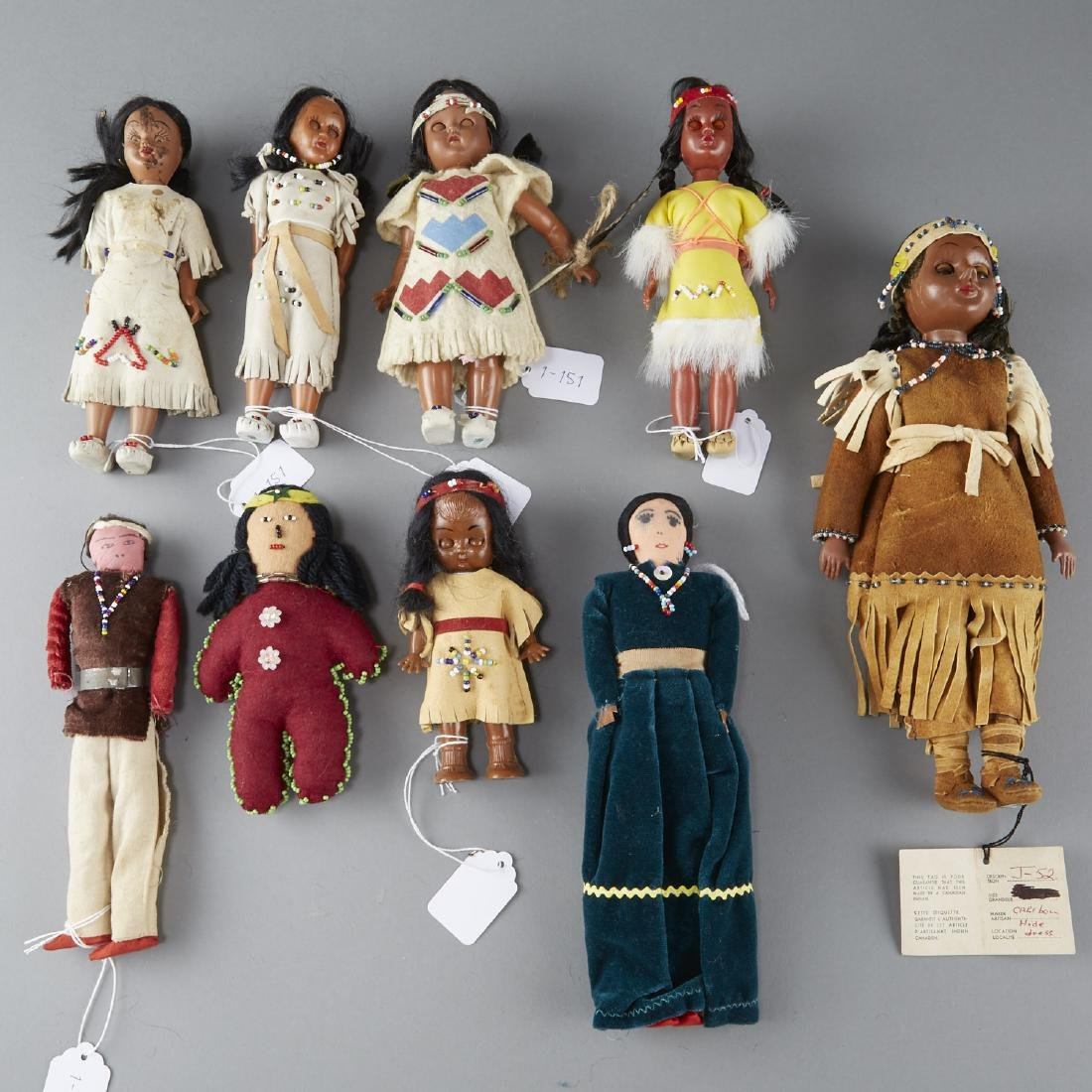 9 Native American Dolls