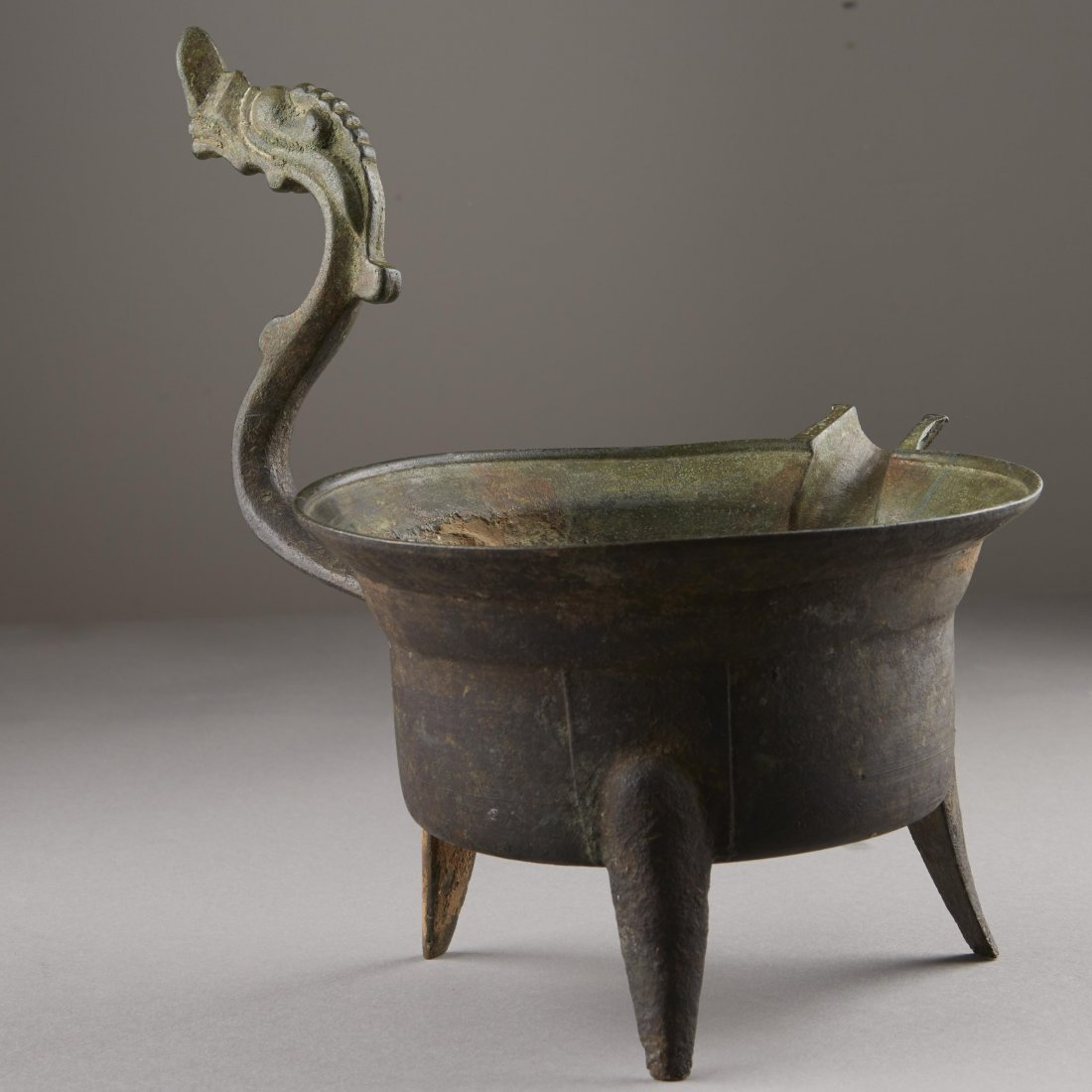 Chinese Bronze Han Dynasty Tripod Cooking Vessel - 4