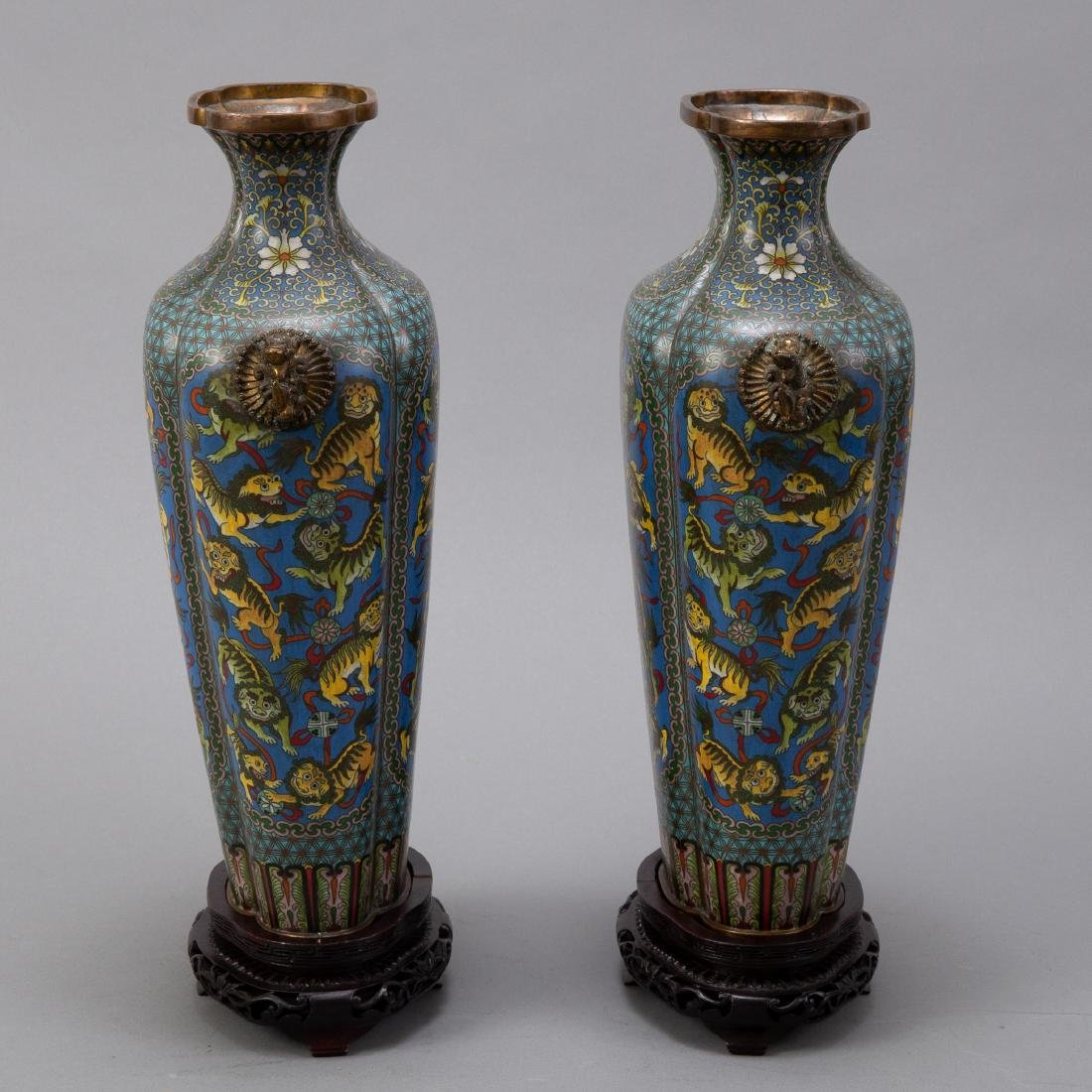 Pr 20th c. Japanese Cloisonne Vases with Foo Dogs - 4